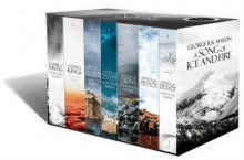 A Song of Ice and Fire: A Game of Thrones: The Story Continues: The Complete Boxset of All 7 Books av George R. R. Martin (Heftet)