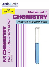 Omslag - National 5 Chemistry Practice Question Book