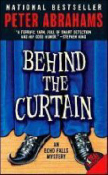 Behind the Curtain av Peter Abrahams (Heftet)