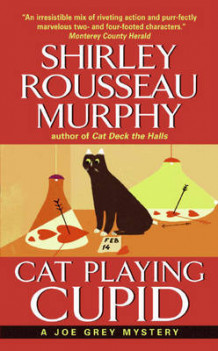 Cat Playing Cupid av Shirley Rousseau Murphy (Heftet)