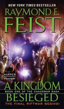 A Kingdom Besieged av Raymond E Feist (Heftet)