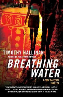 Breathing Water av Timothy Hallinan (Heftet)