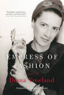 Empress of Fashion av Amanda MacKenzie Stuart (Heftet)