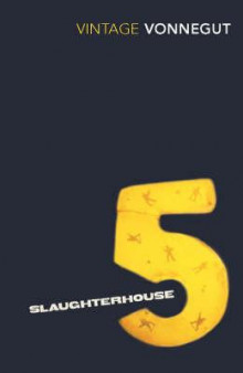 Slaughterhouse-five, or The children's crusade av Kurt Vonnegut (Heftet)