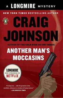 Another Man's Moccasins av Craig Johnson (Heftet)