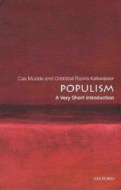 Populism: A Very Short Introduction av Cas Mudde og Cristobal Rovira Kaltwasser (Heftet)