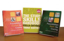Foundations for Caring and Study Skills Value Pack av Alan Glasper, Jim Richardson, Gillian McEwing, Mike Weaver og Stella Cottrell (Blandet mediaprodukt)