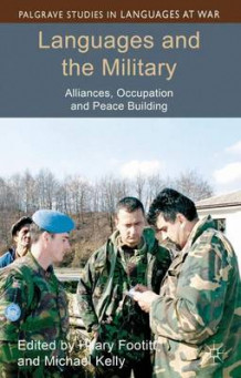 Languages and the Military (Innbundet)