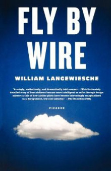 Fly by Wire av Professor William Langewiesche (Heftet)