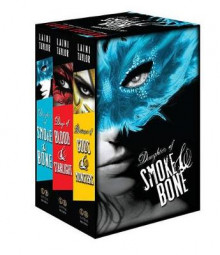The Daughter of Smoke & Bone Trilogy av Laini Taylor (Innbundet)