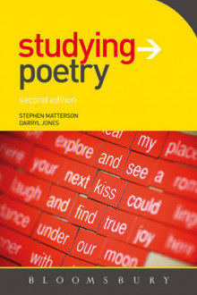 Studying Poetry av Stephen Matterson og Darryl Jones (Heftet)