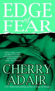 Edge of Fear av Cherry Adair (Heftet)