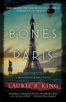 The Bones of Paris av Laurie R King (Heftet)