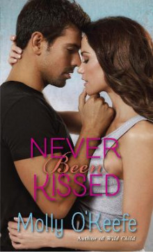 Never Been Kissed av Molly O'Keefe (Heftet)
