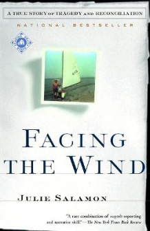 Facing the Wind av Julie Salamon (Heftet)