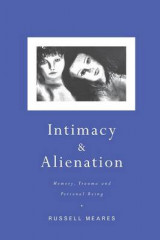 Omslag - Intimacy and Alienation