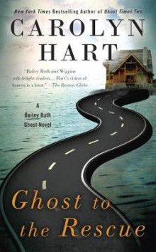 Ghost To The Rescue av Carolyn Hart (Heftet)