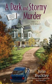 A Dark and Stormy Murder av Julia Buckley (Heftet)