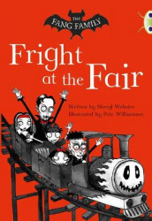 Bug Club Independent Fiction Year Two White A The Fang Family: Fright at the Fair av Sheryl Webster (Heftet)