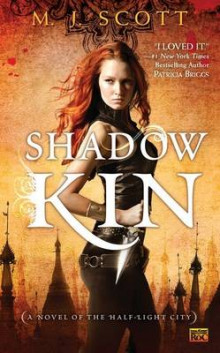 Shadow Kin av M.J. Scott (Heftet)