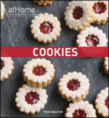Cookies at Home with The Culinary Institute of America av The Culinary Institute of America (CIA) (Innbundet)
