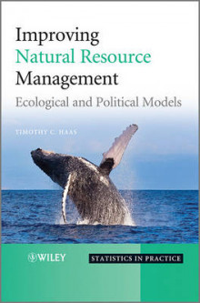 Improving Natural Resource Management av Timothy C. Haas (Innbundet)