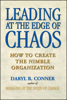 Leading at the Edge of Chaos av Daryl R. Conner (Heftet)