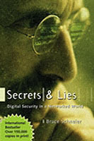 Secrets and Lies av Bruce Schneier (Heftet)