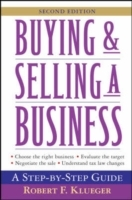 Buying and Selling a Business av Robert F. Klueger (Heftet)