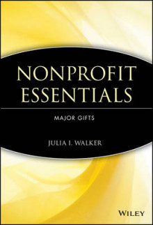 Nonprofit Essentials av Julia Ingraham Walker (Heftet)