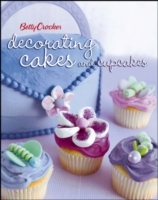 Betty Crocker Decorating Cakes and Cupcakes av Betty Crocker (Heftet)