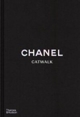 Omslag - Chanel catwalk