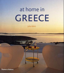At home in Greece av Julia Klimi (Innbundet)