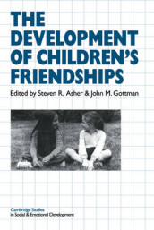 The Development of Children's Friendships av Steven R. Asher og John M. Gottman (Heftet)