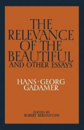 The Relevance of the Beautiful and Other Essays av Hans-Georg Gadamer (Heftet)