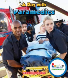 A Day with Paramedics av Jodie Shepherd (Heftet)