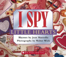 I Spy Little Hearts av Jean Marzollo (Pappbok)