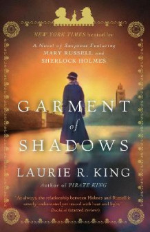 Garment of Shadows av Laurie R King (Heftet)