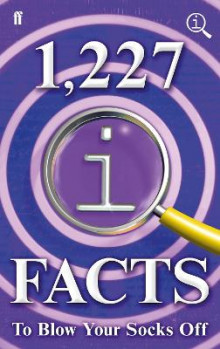 1,227 QI Facts To Blow Your Socks Off av John Lloyd, John Mitchinson og James Harkin (Innbundet)