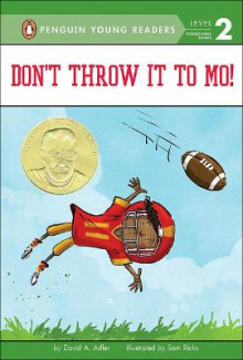 Don't Throw It to Mo! av David A Adler (Innbundet)