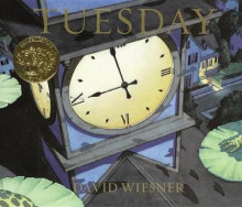 Tuesday av David Wiesner (Innbundet)