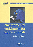 Environmental Enrichment for Captive Animals av Robert J. Young (Heftet)