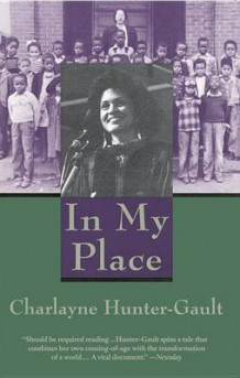 In My Place av Charlayne. Hunter-Gault (Heftet)