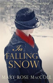 In Falling Snow av Mary-Rose MacColl (Heftet)