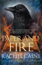 Paper and Fire av Rachel Caine (Heftet)