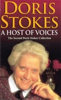 A Host Of Voices av Doris Stokes (Heftet)