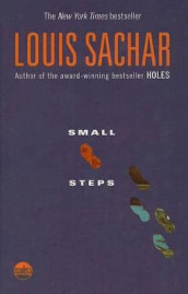 Small Steps av Louis Sachar (Innbundet)
