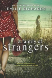 A Family of Strangers av Emilie Richards (Heftet)