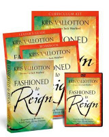 Omslag - Fashioned to Reign Curriculum Kit