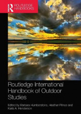 Omslag - Routledge International Handbook of Outdoor Studies